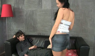 Long cock drives its way into a teen mouth