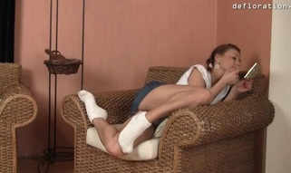 Cute gal feels a dick unfathomable in her snatch for the 1st time