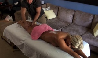Sexy darling rides on stud's rod wildly after oil massage