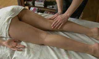 Youthful masseur is getting a hard boner from massaging honey