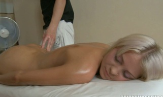 Blonds slit is filled with oil and a hard shaft