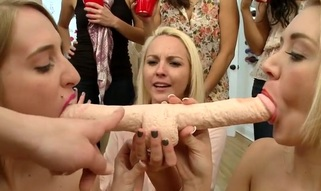 Sexy dykes are using dildos to delight their fuck holes